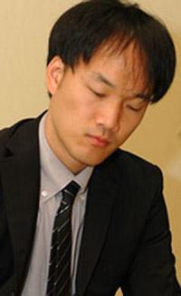 http://open.cyberoro.com/photo/img/photo/050916kimsujun1.jpg